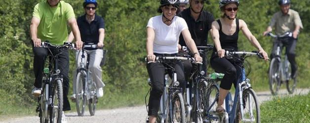 Helmpflicht für schnelle E-Bikes